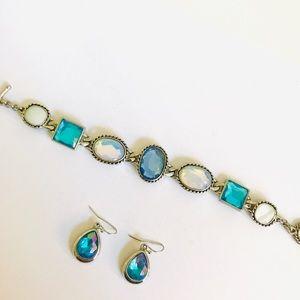 Beautiful matching earrings and bracelet set